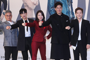 Team \'Mad Dog\' says good-bye before the final episode airs [Mad Dog]