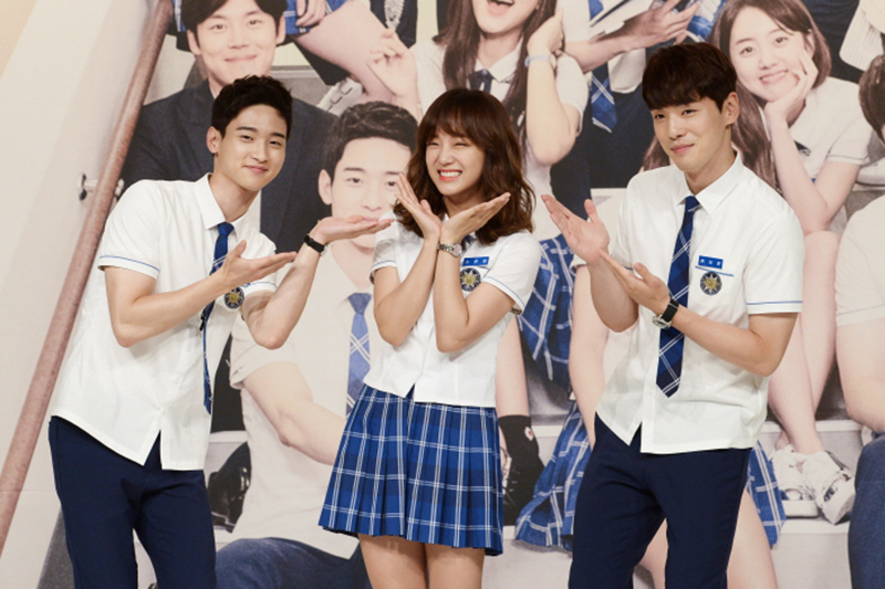 School 2017' All the cast has gathered at the press