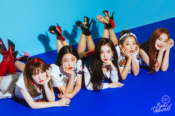 Red Velvet kicked off its world tour with \\\'REDMARE\\\' concert in Seoul.