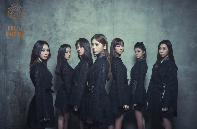 On September 6, Happyface Entertainment announced that DREAMCATCHER will release its third mini-album \'Alone In The City\' on September 20.