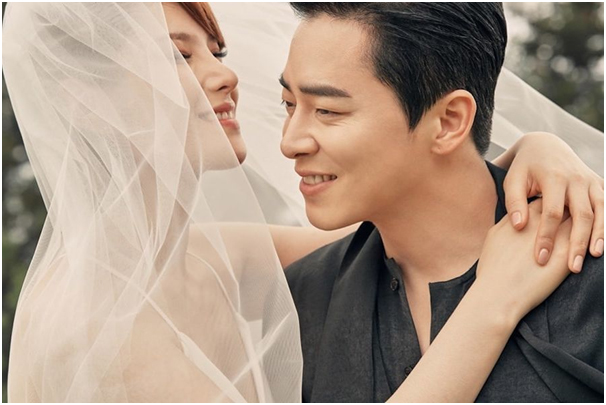 Singer Gummy and actor Cho Jung Seok are officially married!
