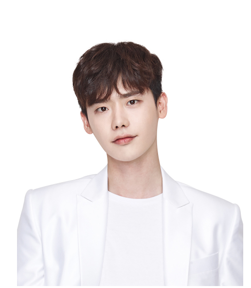 On November 5, actor Lee Jong Suk revealed on his social media that he was being detained at the Jakarta airport after holding a fan meeting in Indonesia