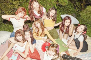 TWICE sweeps charts with \'LIKEY\'!