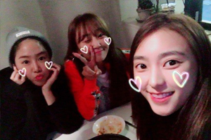 SISTAR\'s members stay BFFs even after disbanding