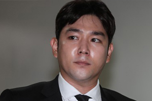 Super Junior\'s Kangin reportedly assaulted his girlfriend after drinking, police dispatched to the scene.