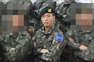 Jung Yong Hwa attends a church event at recruit training center