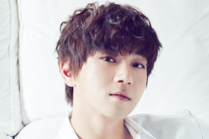 Hwang Chiyeol to come back with mini-album \'Be Myself\'