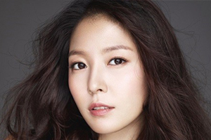 BoA to come back with 9th album \'WOMAN\' on October 24