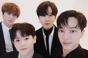 HIGHLIGHT\'s last TV appearance before going to the military! [Yu Huiyeol\'s Sketchbook]