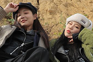 MOMOLAND\'s Jooe & Yeonwoo on \'More more tour\'! [Battle Trip]