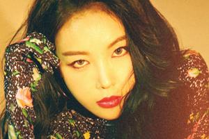 Yubin\'s new solo album \'#TUSM\' teaser images revealed!
