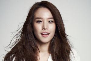 Jo Yoon Hee is the new main MC of \'Happy Together 4\'