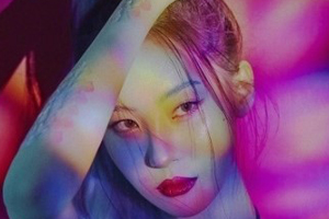 Sunmi to go on her first word tour \'WARNING\'