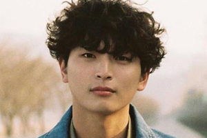 Jeong Jinwoon to enlist in the military in March