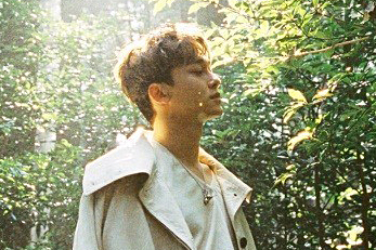 EXO\'s Chen to release first solo album \'April, and a flower\'