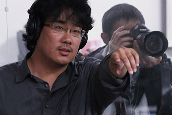 Bong Joon-ho Becomes First Korean Receiving the Palme d\'Or at Cannes