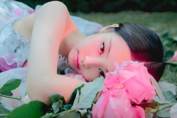 1st K-pop female soloist MV to surpass 400 Million Views