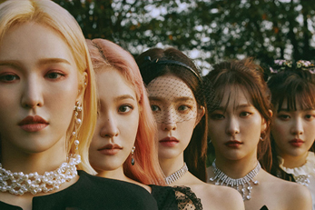 Red Velvet\'s new song has stormed K-pop charts